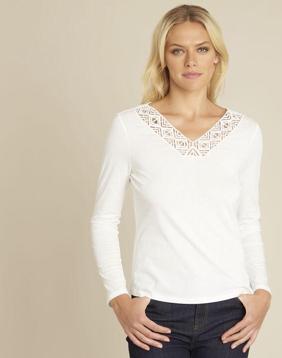 Ecrufarbenes T-Shirt mit verziertem Ausschnitt Guipure PhotoZ | 1-2-3
