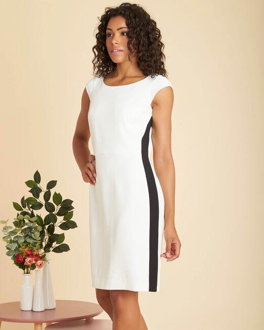 Naturfarbenes Kleid mit geradem Schnitt aus Mikrofaser-Kreppstoff Abricot (2) - 1-2-3