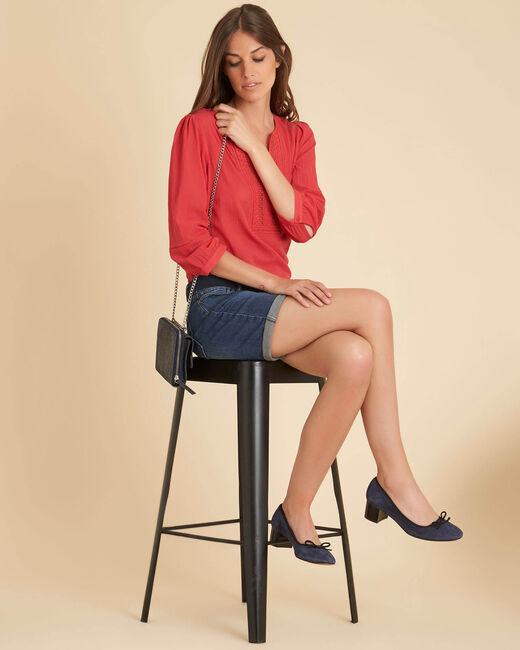 Gabi coral blouse with lace at the neckline (2) - 1-2-3