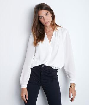 Witte blouse uit twee materialen met V-hals Davina