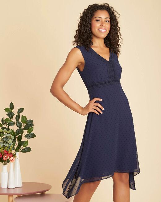 Marineblaues Kleid aus Plumetis mit Fantasieausschnitt Prudence (2) - 1-2-3