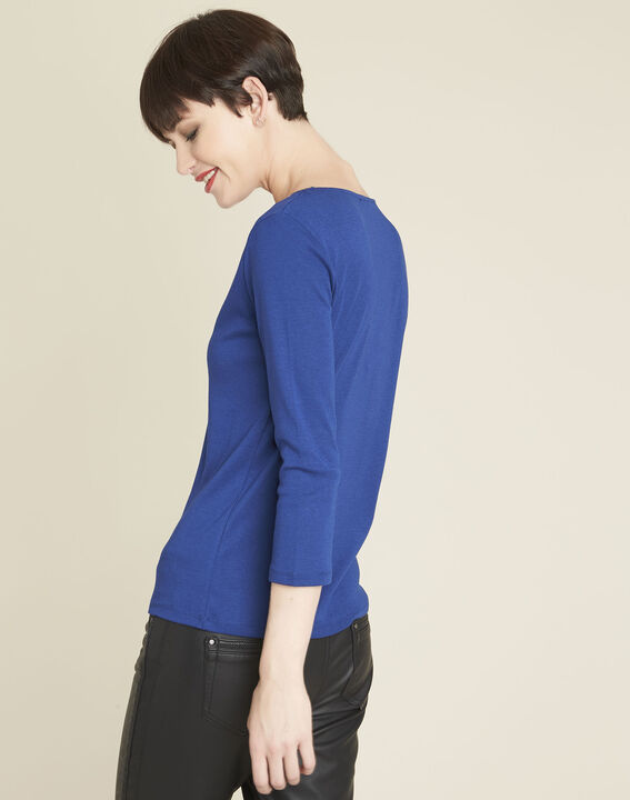 Basic blue t-shirt with V-neck eyelet neckline (4) - 1-2-3