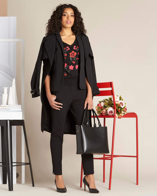Nouette black V-neck sweater with embroidery (1) - 1-2-3
