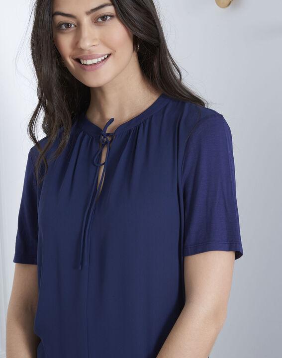 Marineblauwe blouse met vetersluiting aan de hals Viola (3) - Maison 123