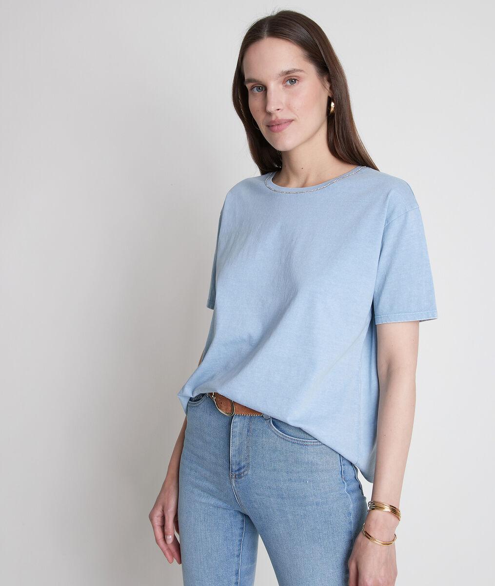 Tee-shirt en coton bio et col strassé bleu ciel Inox PhotoZ | 1-2-3