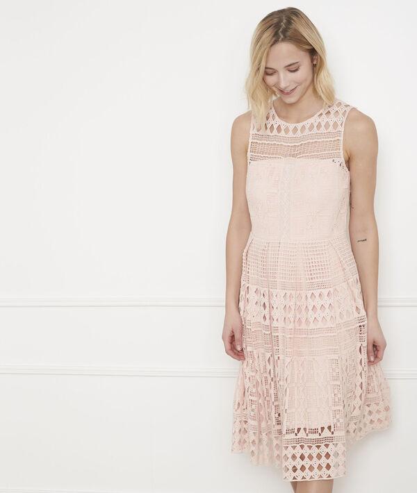 Puderfarbenes Kleid aus grafischer Spitze Honore PhotoZ   1-2-3