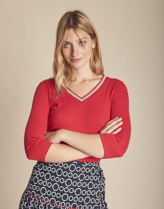 Tee-shirt rouge encolure V fantaisie Calypso PhotoZ | 1-2-3
