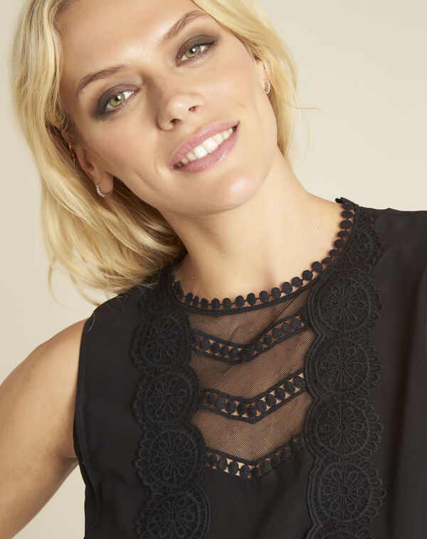 Corinne black T-shirt with lace neckline in silk (2) - 1-2-3