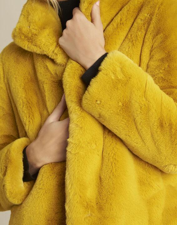 Manteau jaune fausse fourrure Emy (3) - 1-2-3