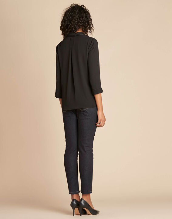 Elea black blouse with romantic neckline (4) - 1-2-3