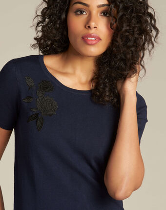 Novella embroidered navy blue sweater with short sleeves navy.