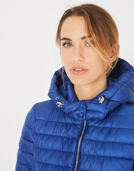 Louise short quilted jacket in royal blue with a rounded collar (4) - 1-2-3