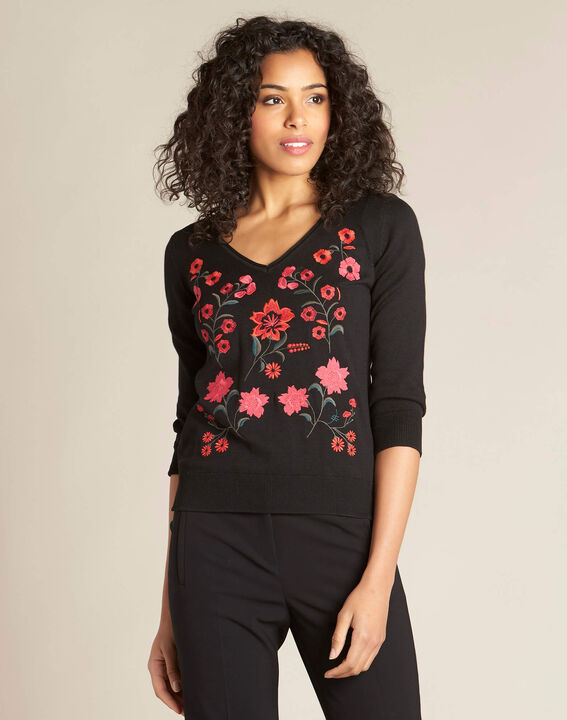 Nouette black V-neck sweater with embroidery (3) - 1-2-3
