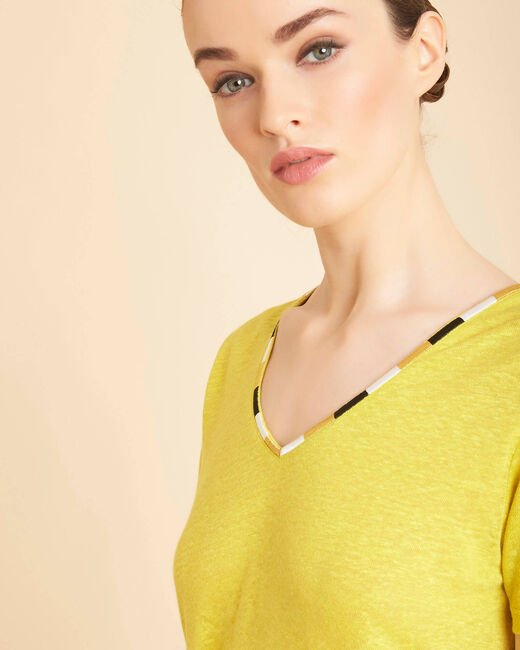 Elin yellow anise linen T-shirt with decorative neckline (2) - 1-2-3