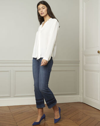 Valence white blouse with lavallière collar ecru.