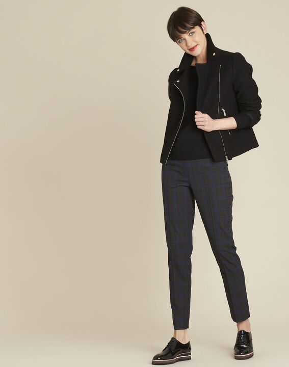 Schwarzer Pullover mit schillerndem Ausschnitt aus Wollgemisch Beryl (2) - Maison 123