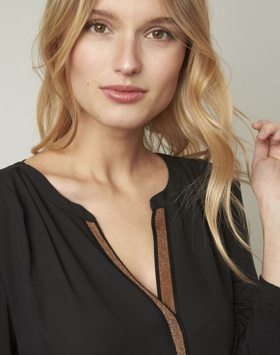 Zwarte blouse met Tunesische kraag van lurex Vassilia (4) - Maison 123