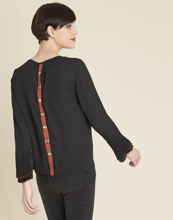 Zwarte blouse met sieraaddetails Caroline (4) - 37653