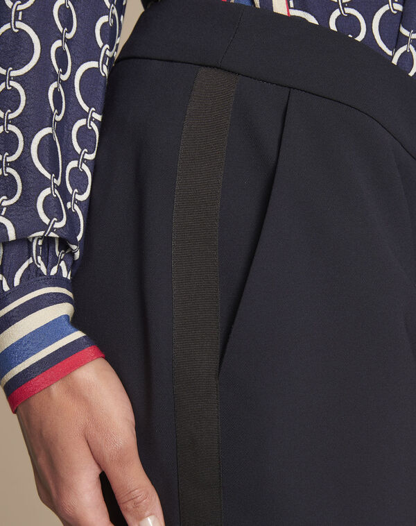 Marineblaue Business-Hose mit seitlichem Streifen Suzanne (2) - 1-2-3