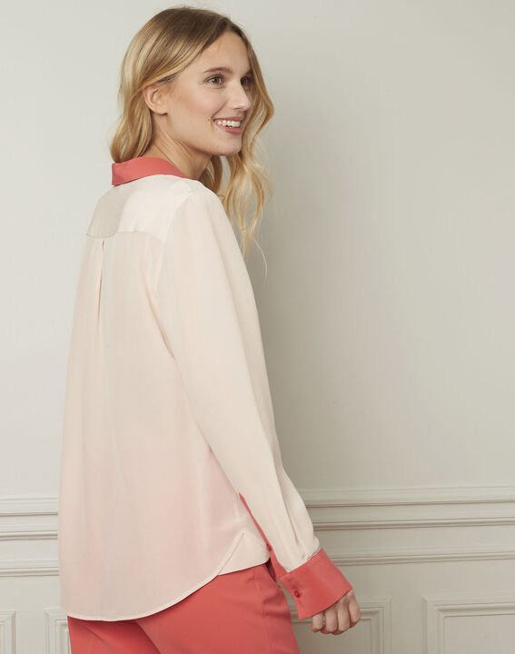 Violene silk powder blouse with contrasting collar and sleeves  (3) - 1-2-3