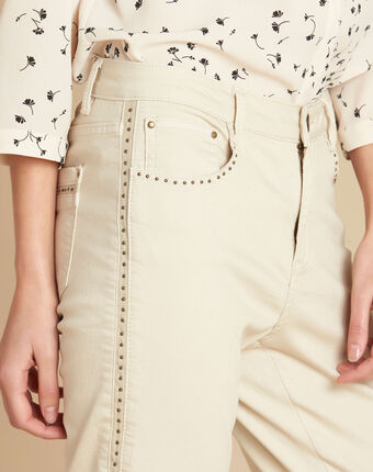 Vendôme 7/8 length jeans in beige with studded detailing beige.