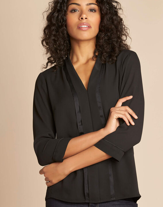 Elea black blouse with romantic neckline PhotoZ | 1-2-3