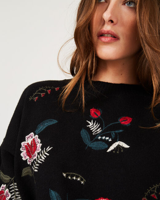 Pia black floral embroidered sweater (2) - 1-2-3