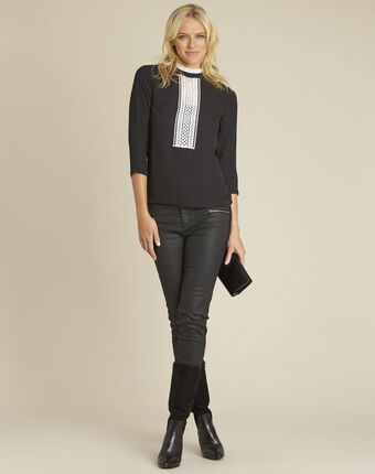 Cunegonde black blouse with lace neckline  black.