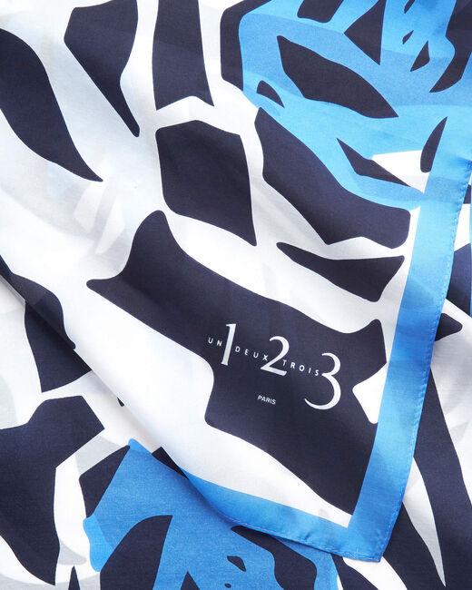 Carré de soie imprimé fleur graphique bleu Angel (2) - 1-2-3