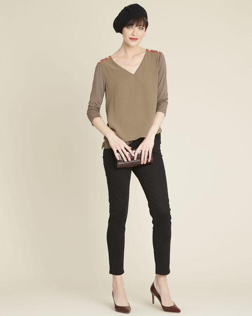 Kakifarbene Bluse aus Bimaterial mit Schmuckdetails an den Schultern Coralie (1) - 1-2-3