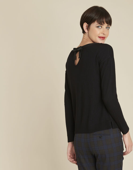 Beryl black wool mix pullover with iridescent neckline (4) - Maison 123