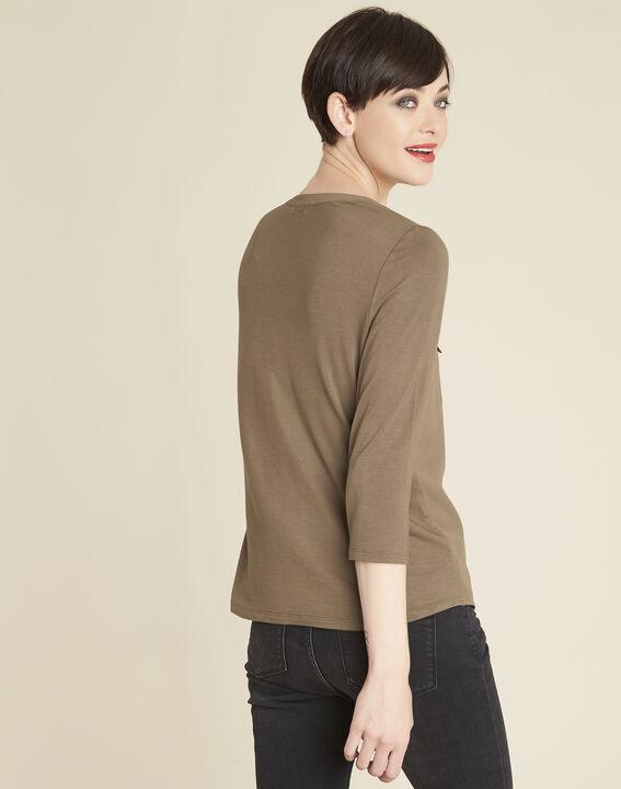 Khakifarbenes T-Shirt im Materialmix mit Tunika-Kragen Genna (4) - 1-2-3