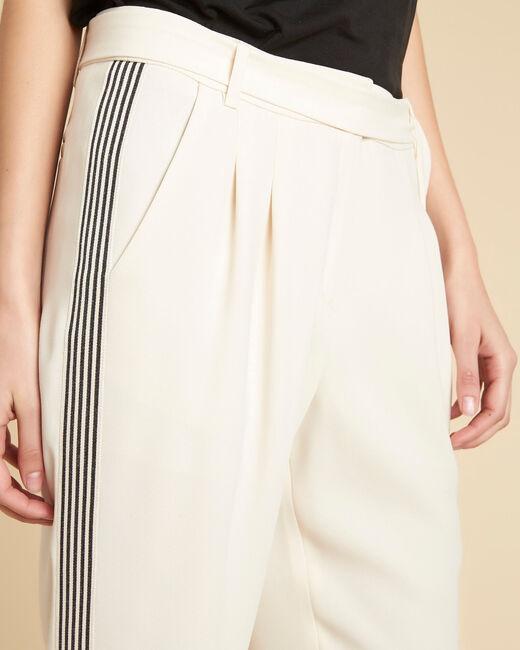 Pantalon écru fluide à bandes noires Douglas (2) - 1-2-3